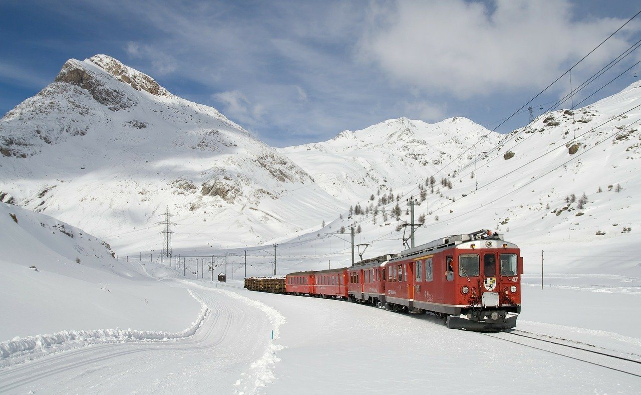 cheap train travel in switzerland