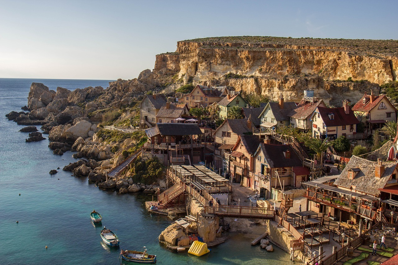cost of travel to malta