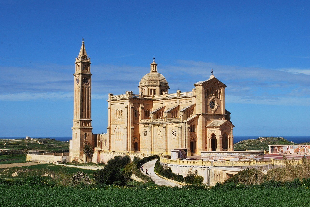 is malta expensive to visit