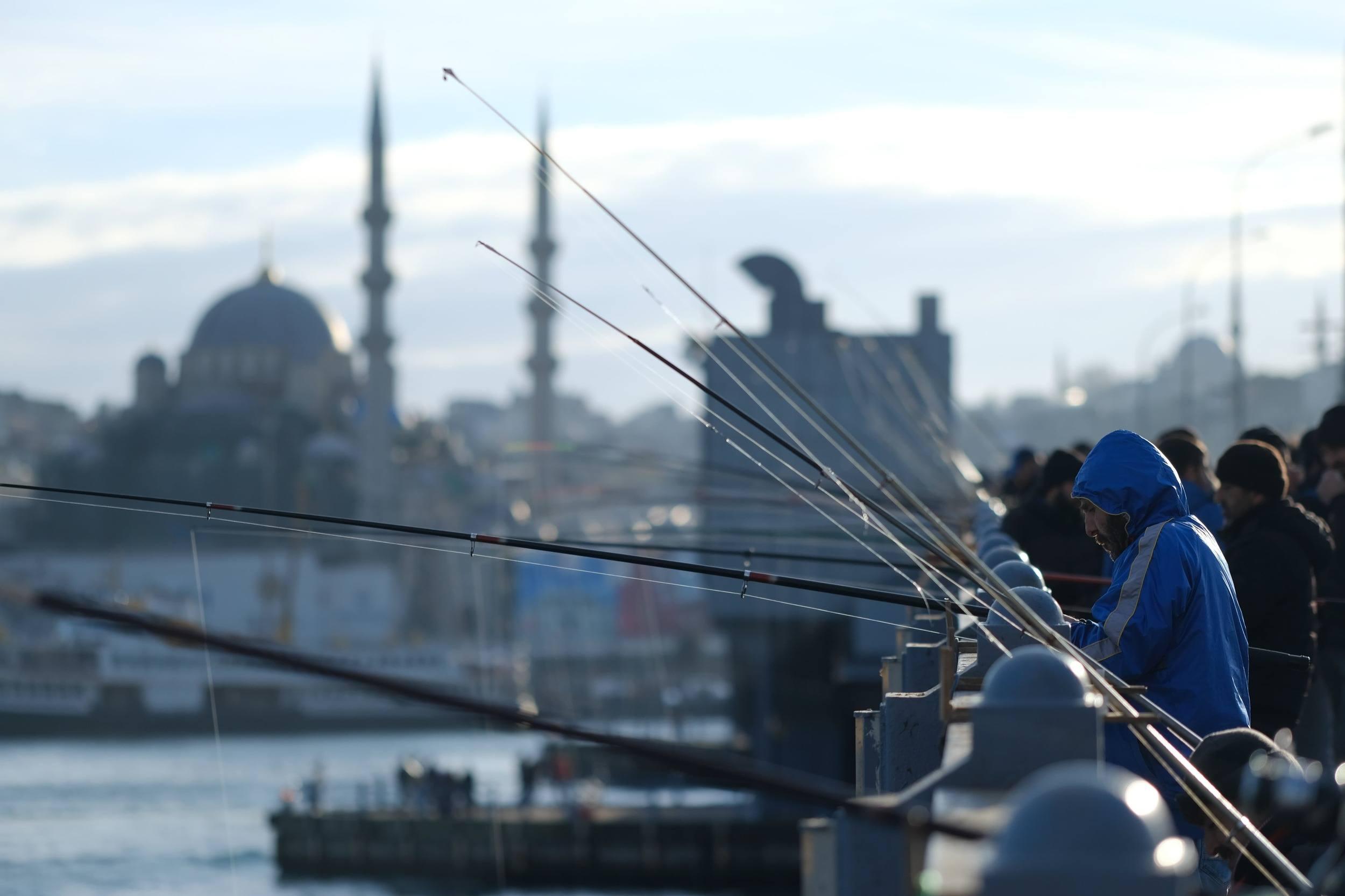 bosphorous fishermen istanbul travel guide
