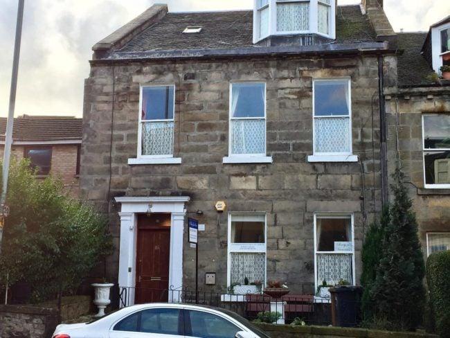 16 Pilrig Guest House Edinburgh