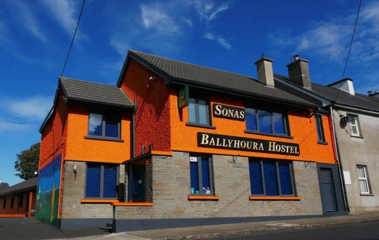 (Ballyhoura Luxury Hostel) best hostels in Limerick