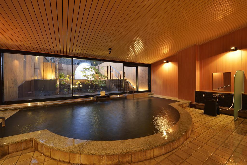 Hakone Lake Hotel, Japan