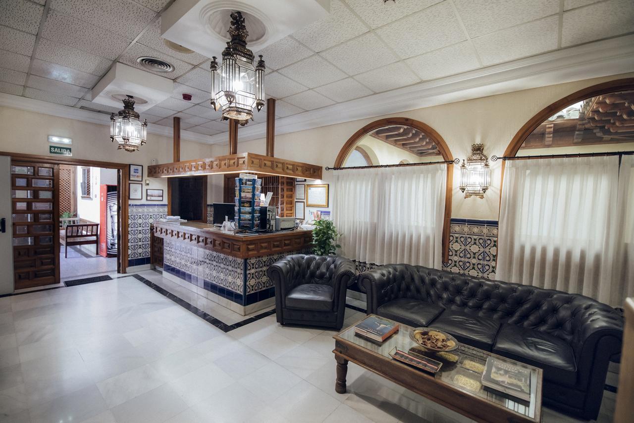 Hotel Santa Isabel Hostel Best Hostel in Toledo