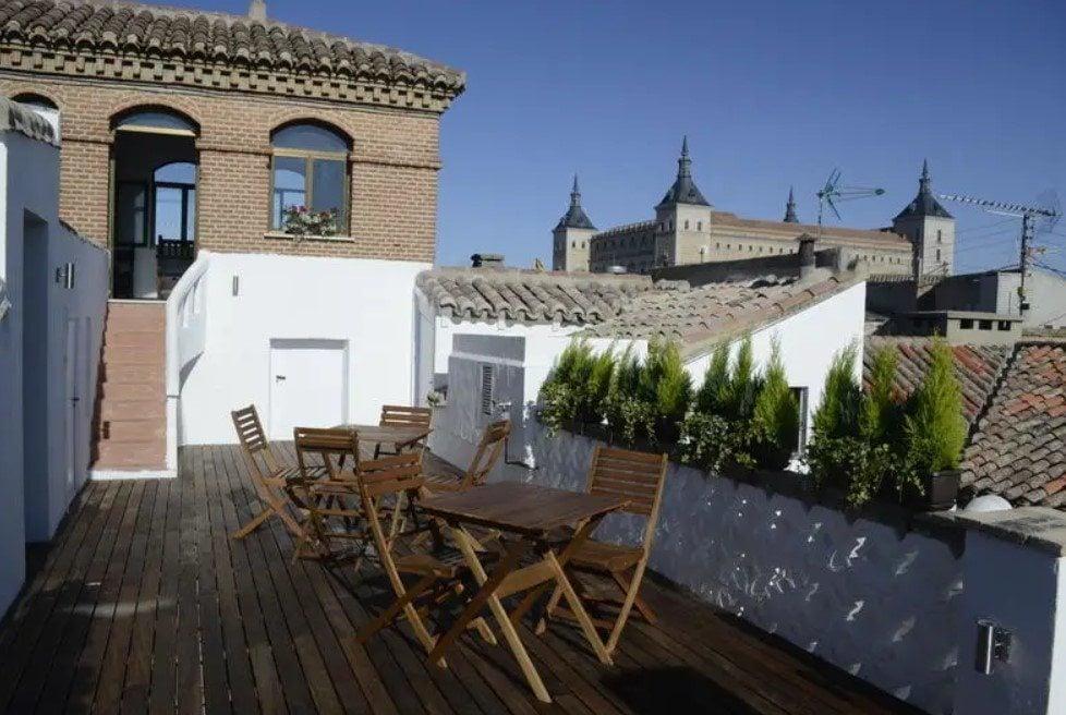 Oasis Backpackers' Hostel Best Hostel in Toledo
