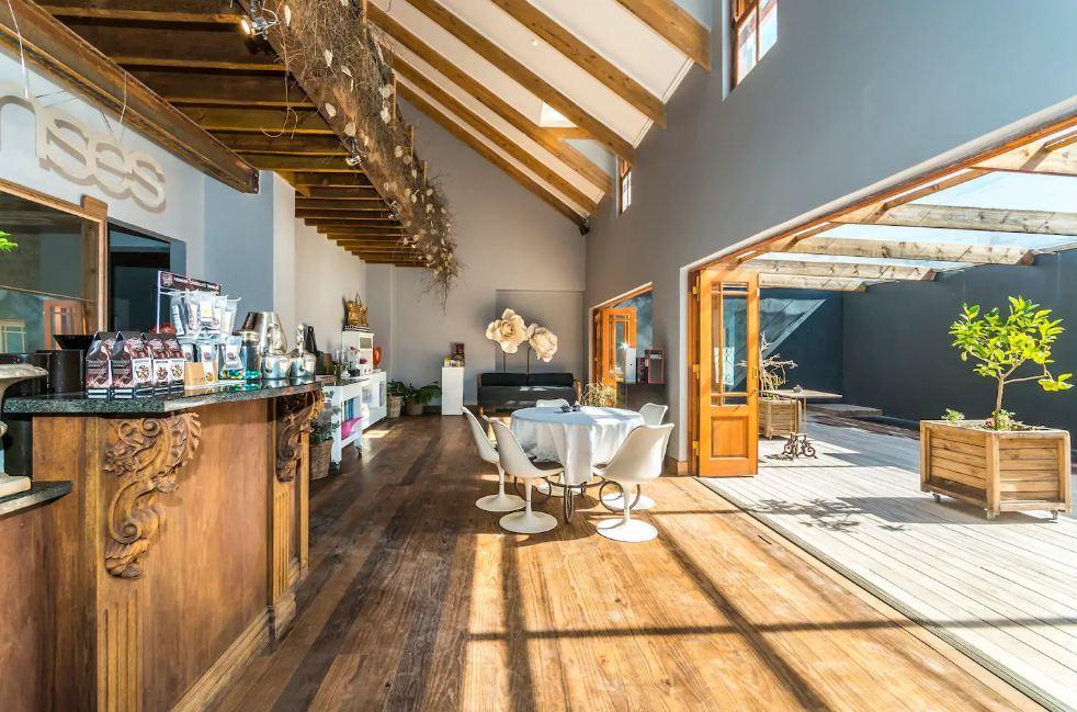 Oscar Wild room Johannesburg