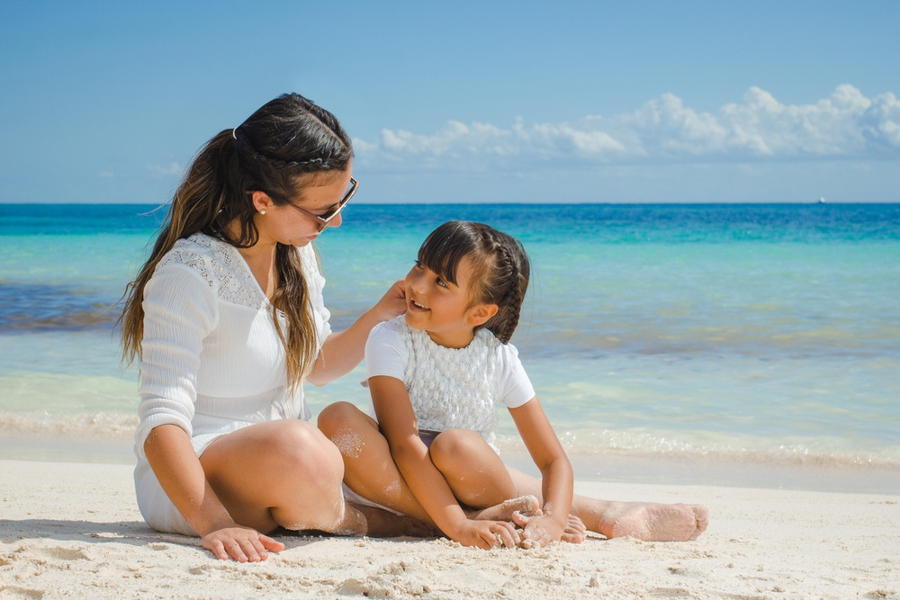 Is Playa del Carmen safe to travel for families