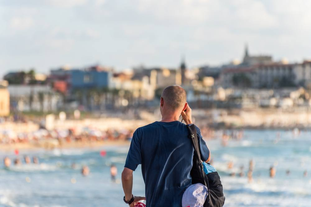 Is Tel Aviv safe to travel alone