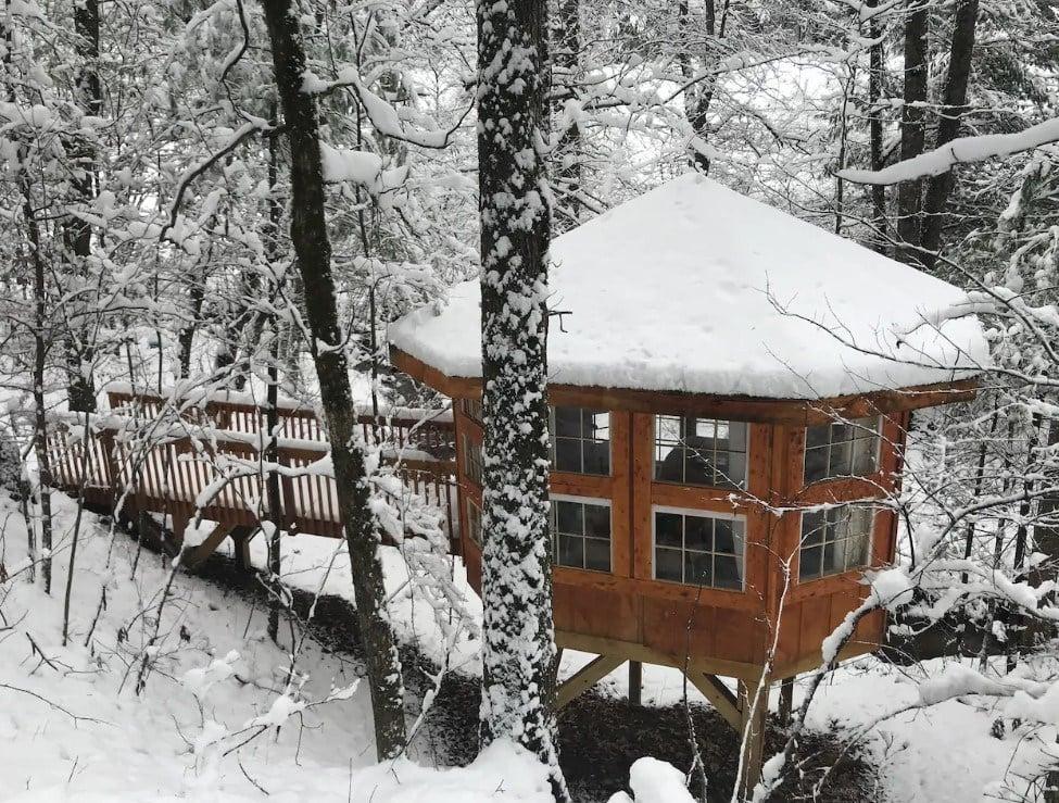 Abbies Waterfall Treehouse 2