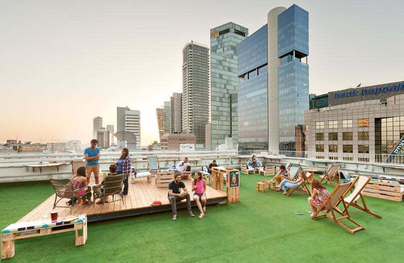 the best hostels in Tel Aviv