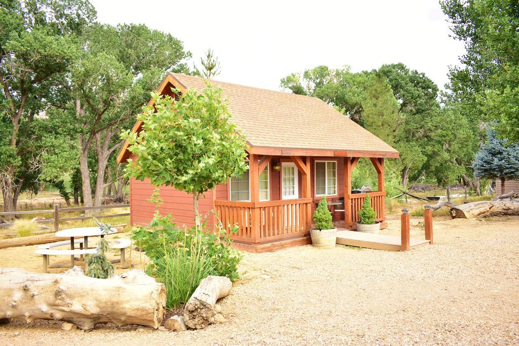 Arrowhead Country Inns and Cabins