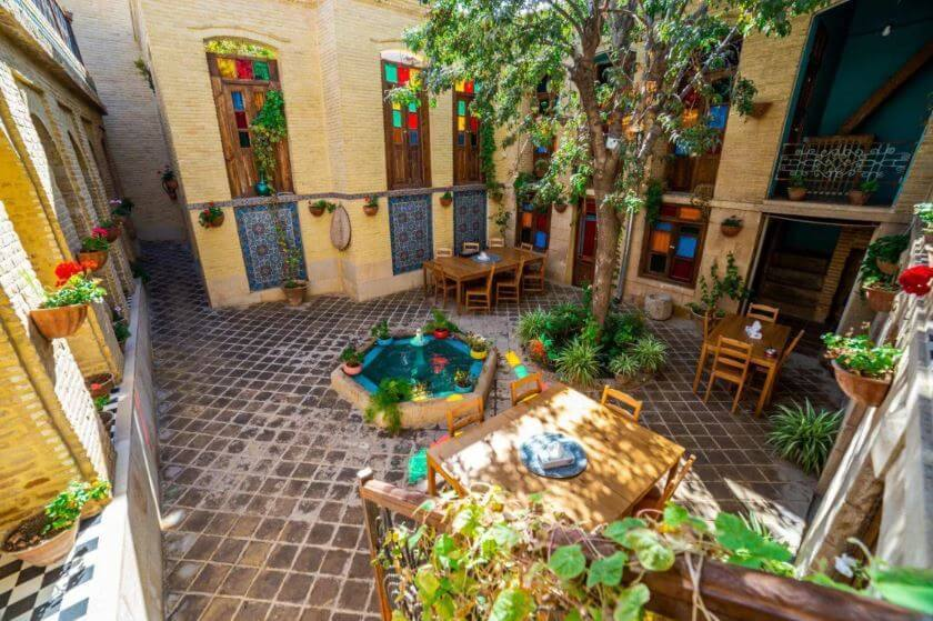 the best hostels in Shiraz
