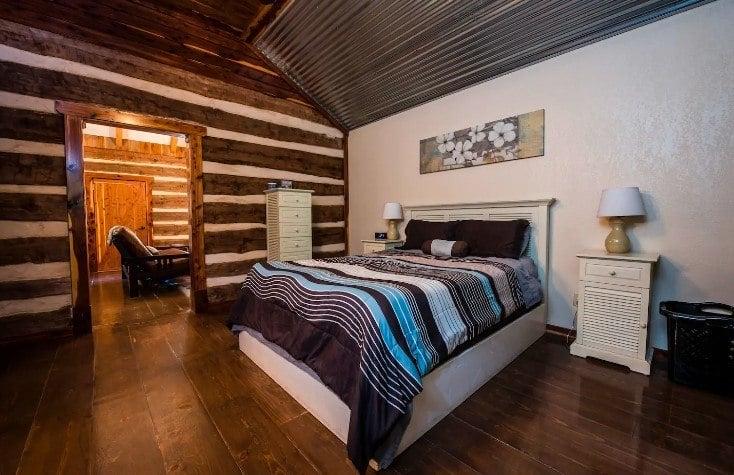Coyote Creek Cabin, Texas