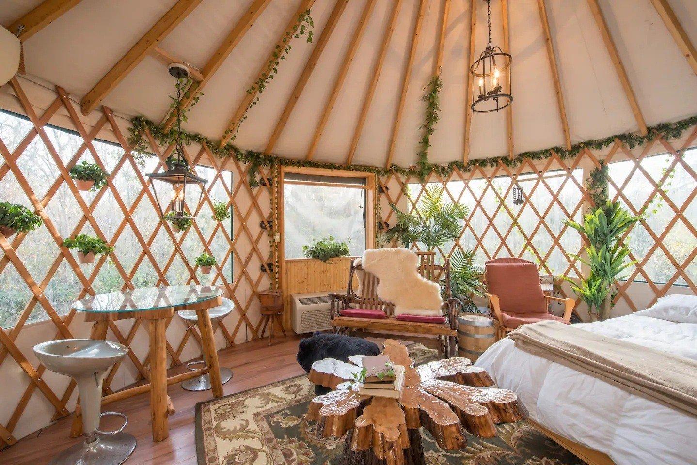 Danville BnB Treehouse
