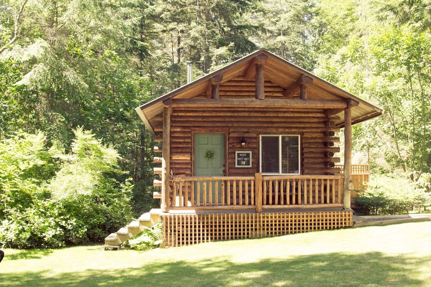 Elliotts Cabin Charming and Cozy