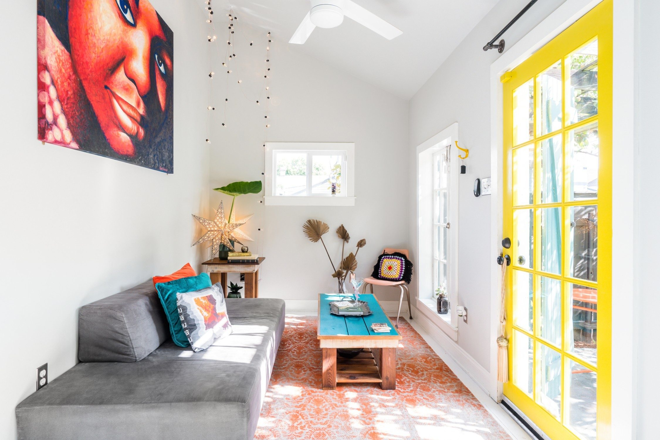 Funky and Colorful Guesthouse, New Orleans