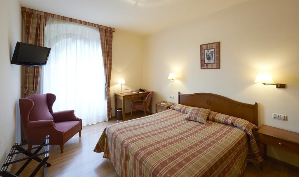 Hotel Abat Cisneros Montserrat, Montserrat