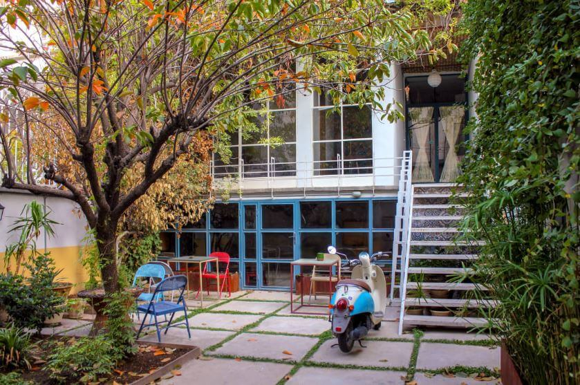 the best hostels in Tehran
