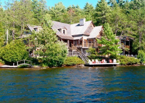 Lake Muskoka Luxury Retreat, Close to Toronto