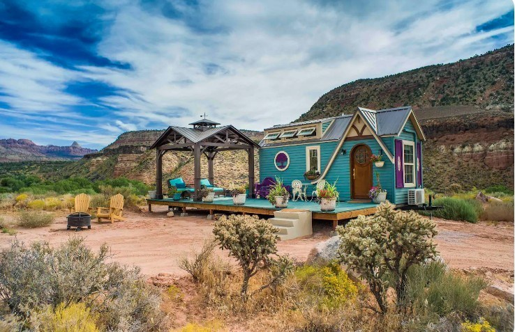 Mother Eve tiny house, Zion