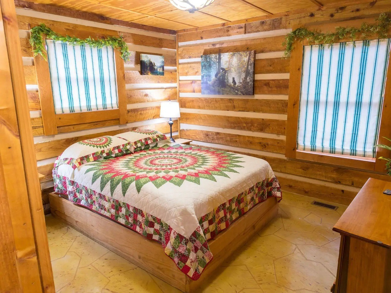Rustic Cabin in Sevierville