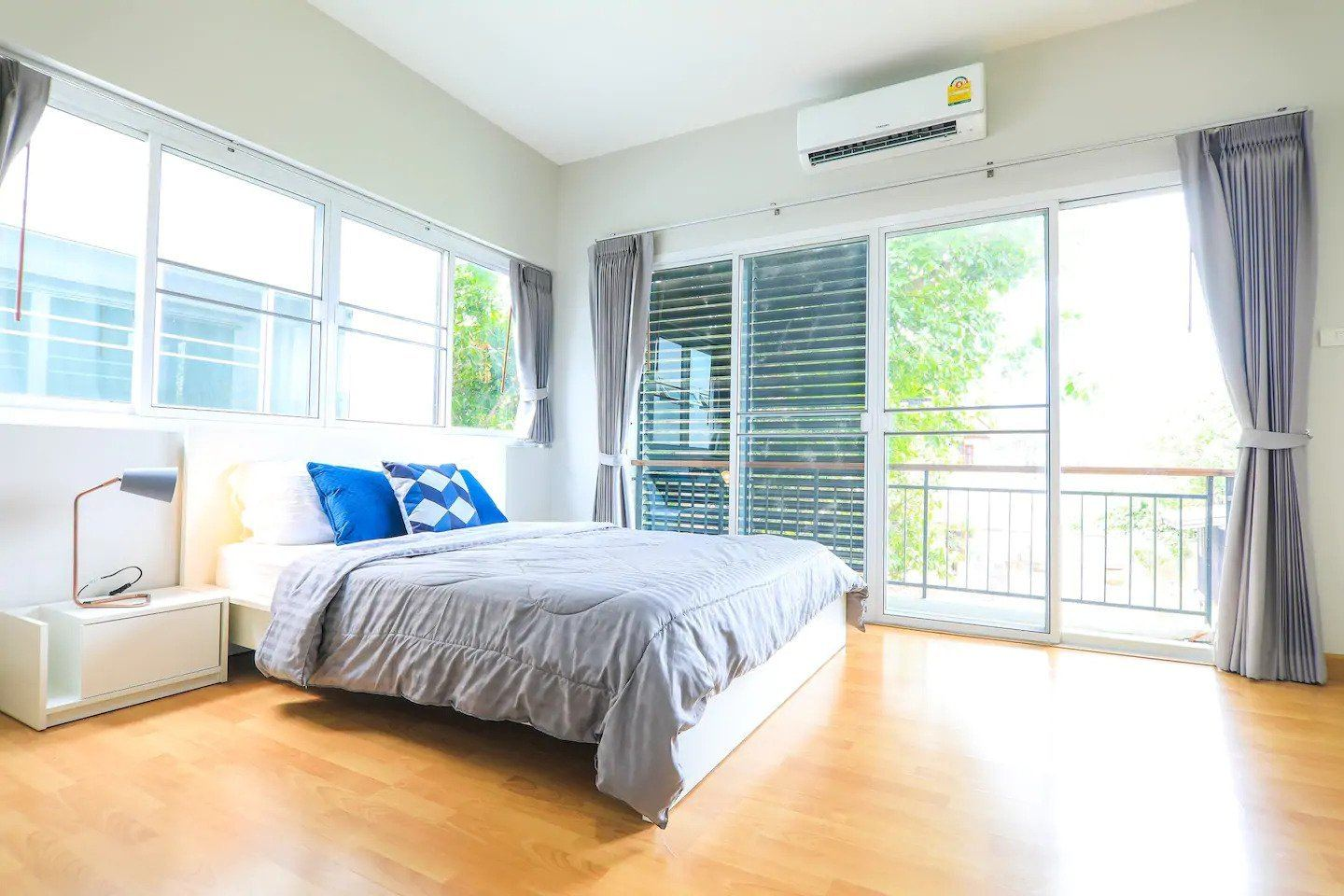 Thailand accommodation prices