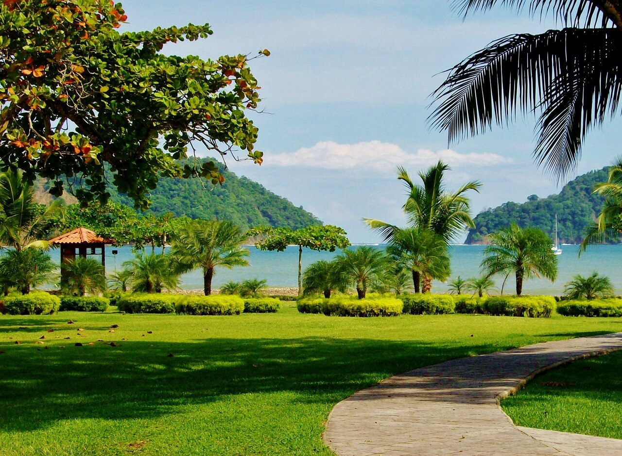 the top places to stay in costa rica