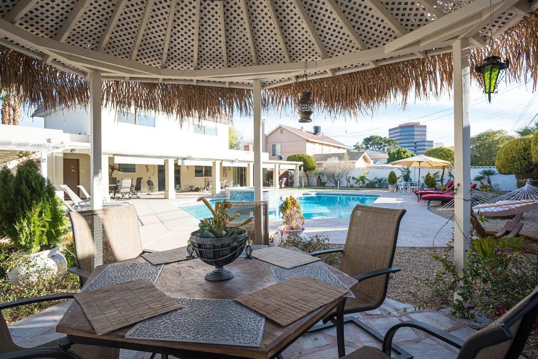 VegasOasis Luxury Lodge