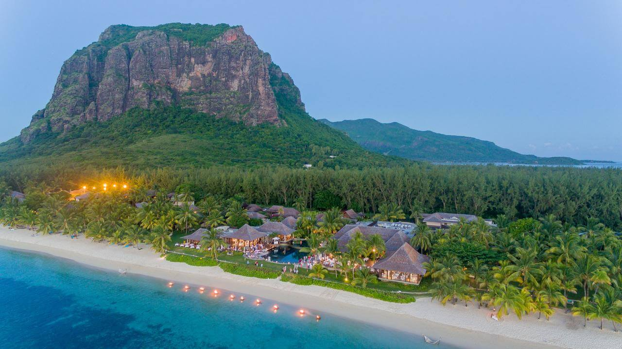 Best Beach Resort in Mauritius: LUX* Resort in Le Morne