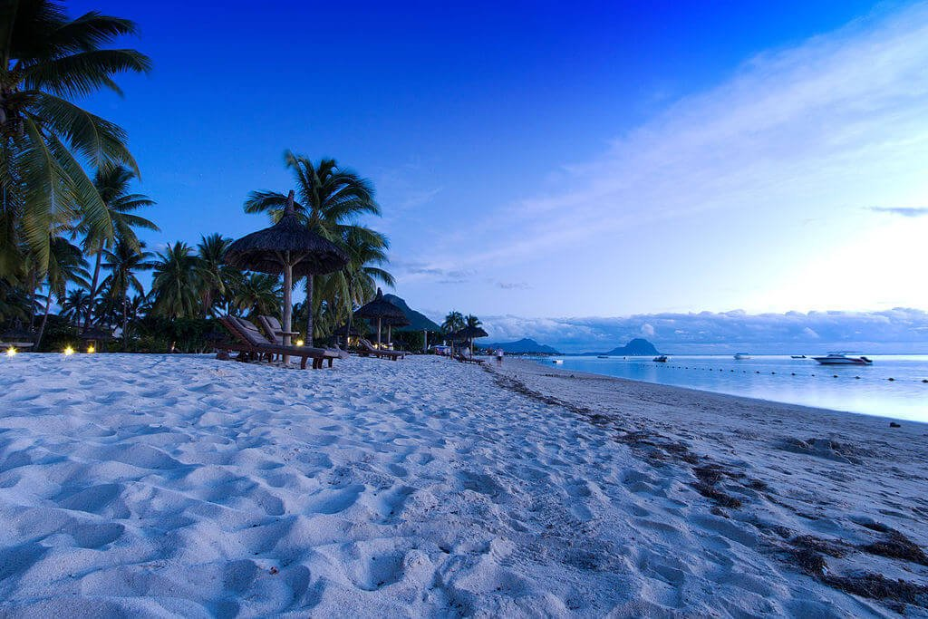 Flic en Flac Beach - one of the best beaches in Mauritius for tourists