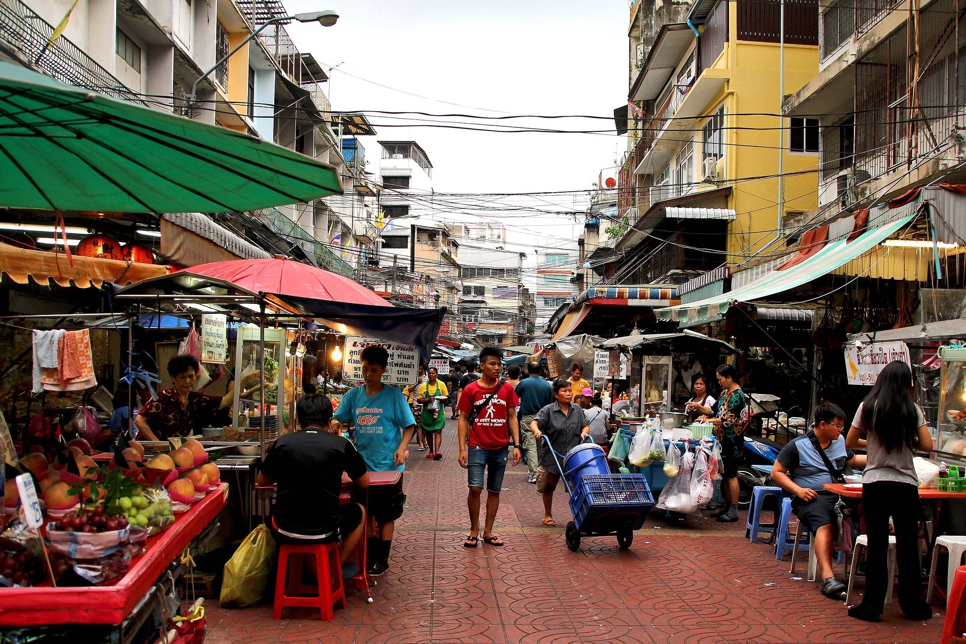cheap places to eat in Thailand