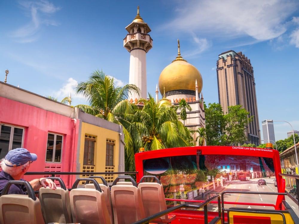 how to get around singapore cheap