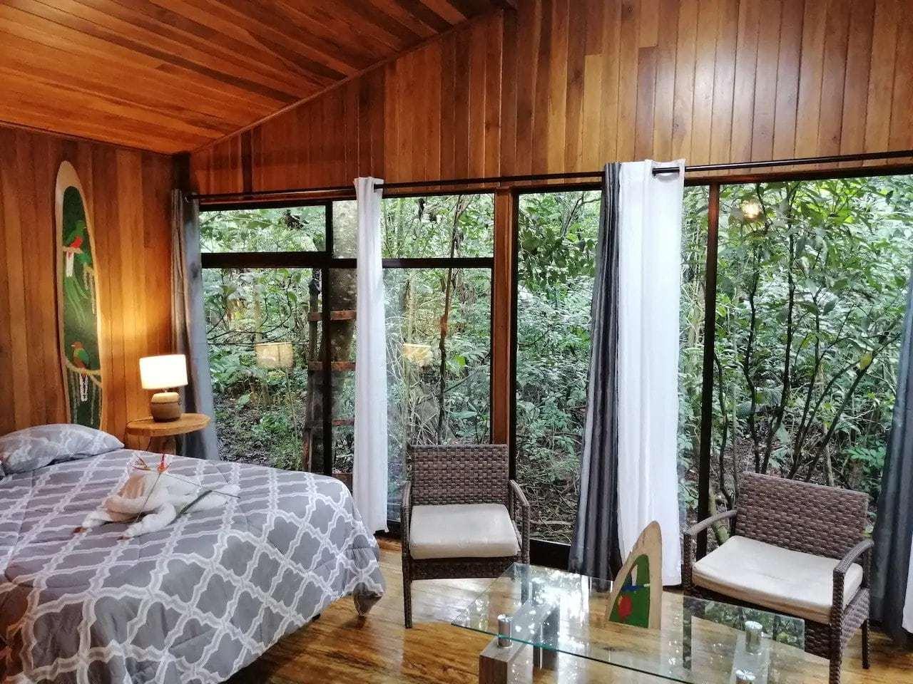 Jungle Living Tree House Aguacatillo in costa rica