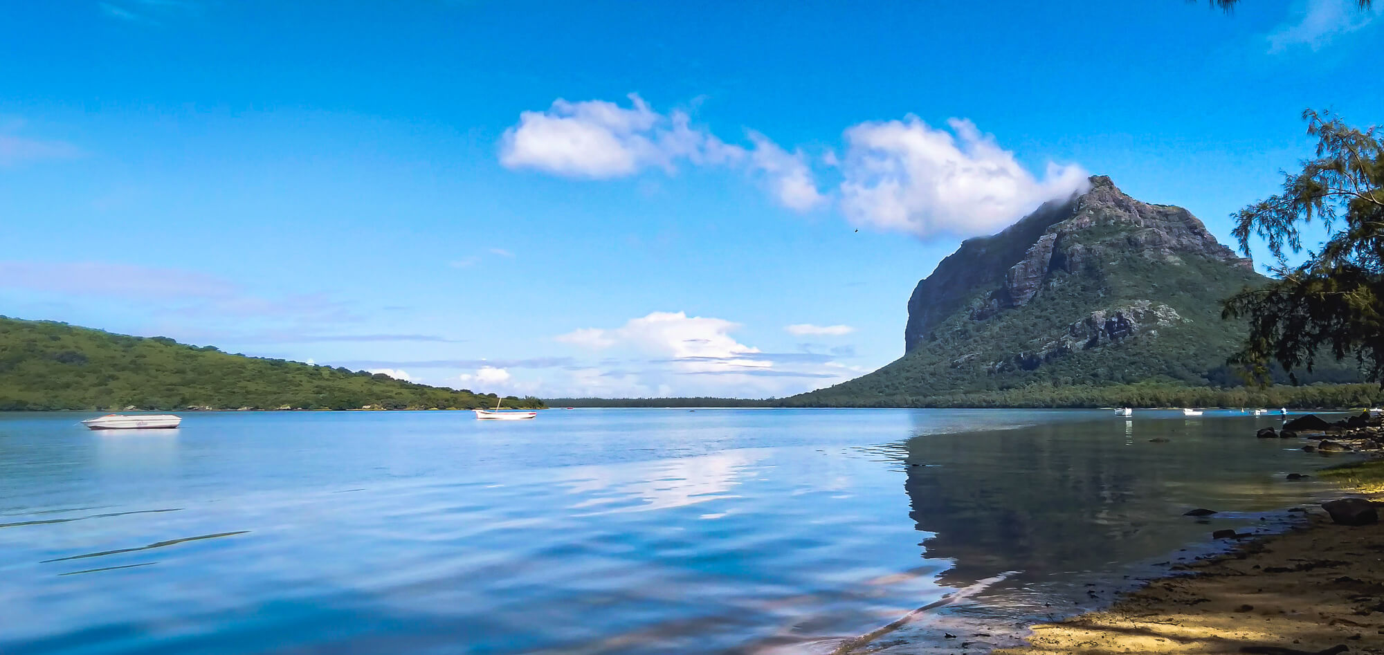 The best area to stay in Mauritius - Le Morne
