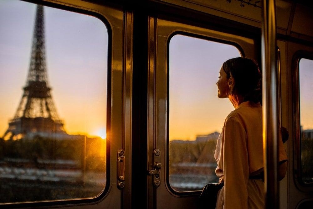 cheap train travel in paris