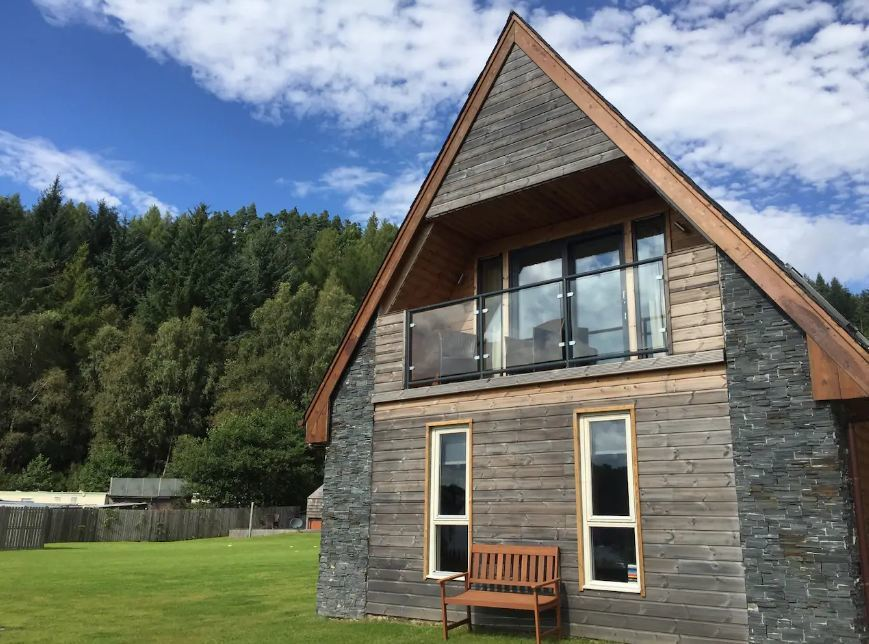 where to stay in Loch Lomond