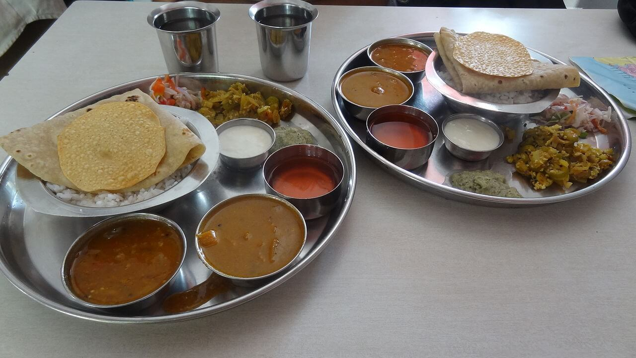 cheap places to eat in goa