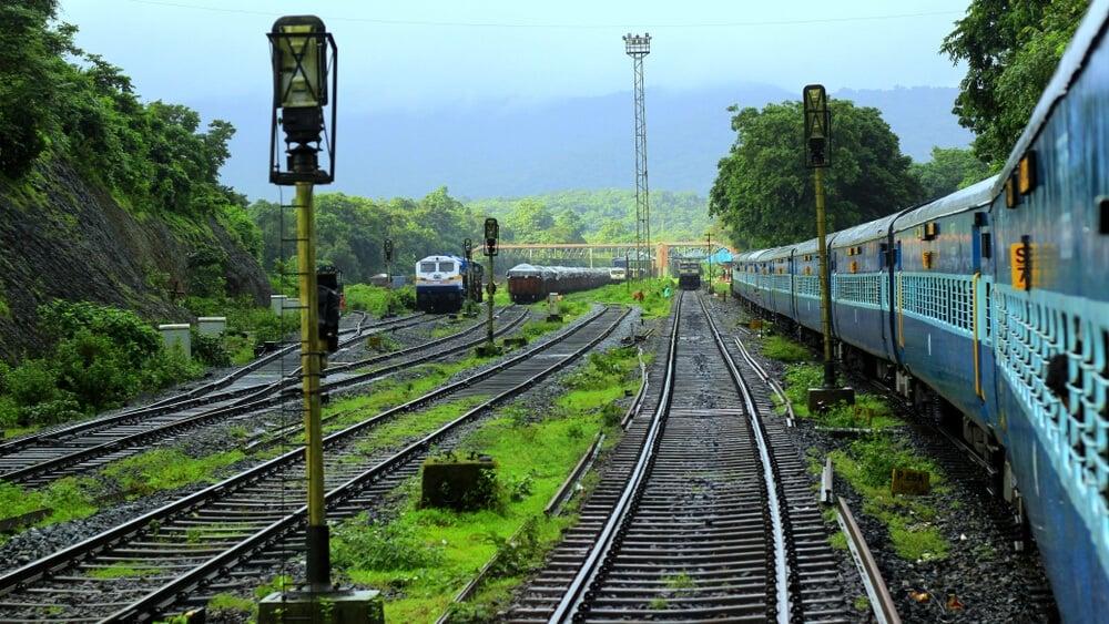 cheap train travel in goa