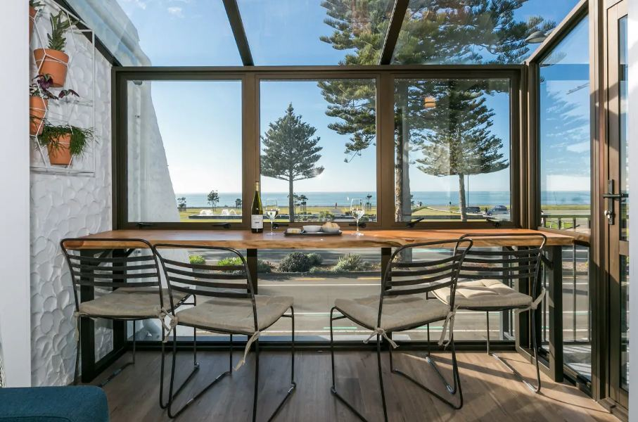 where to stay in Napier