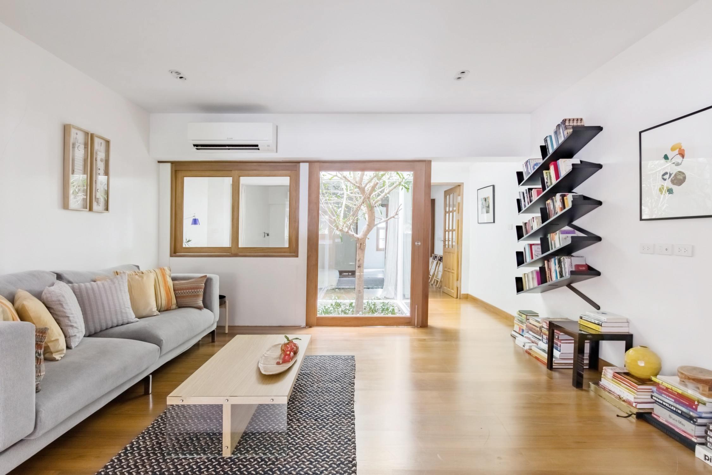 Spacious Light Filled Apartment