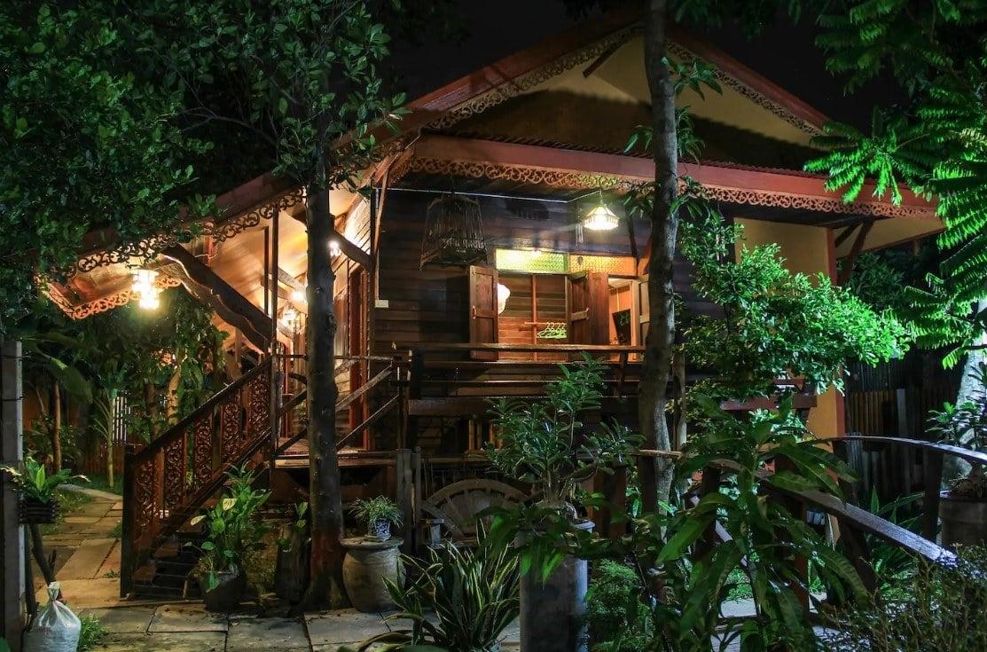 unique accommodation in bangkok