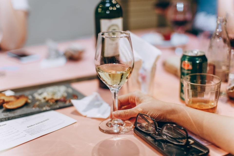 how much does alcohol cost in Dubai