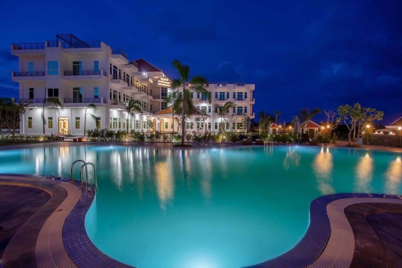 cambodia - Sangkahak Mith Hotel