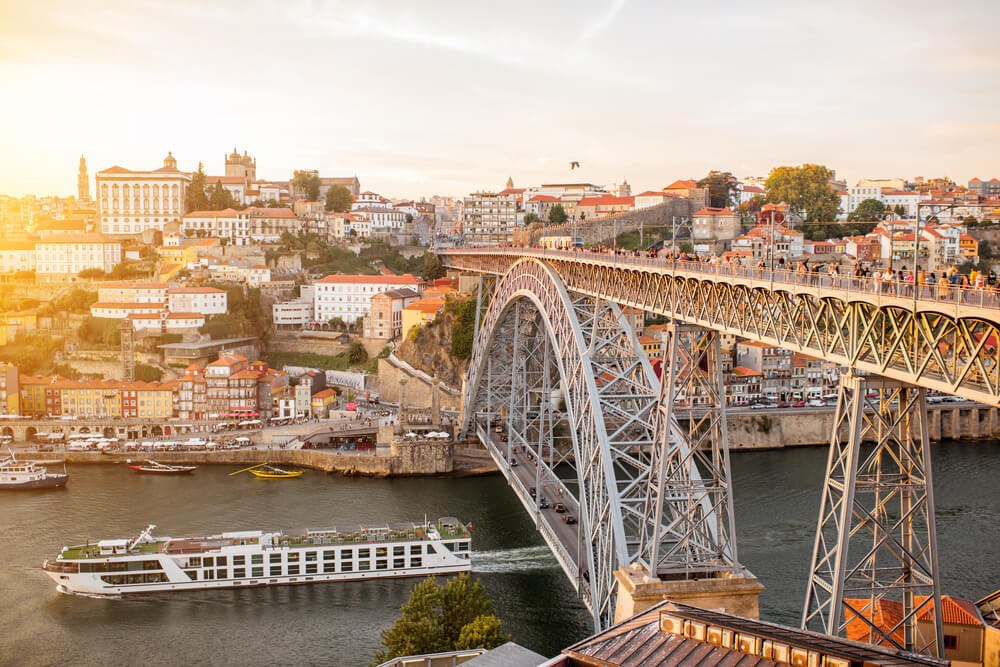 luis i bridge in porto