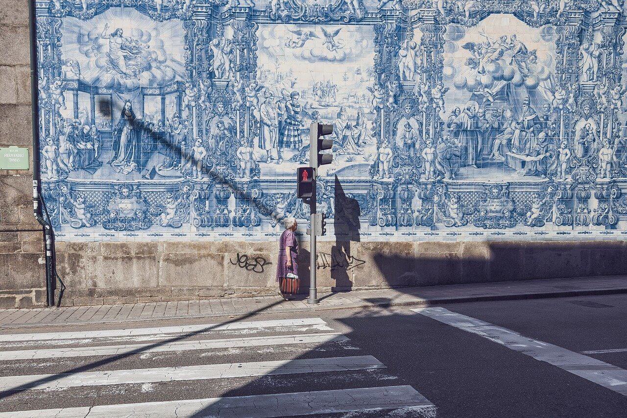 walking around porto