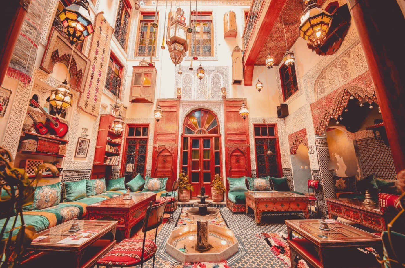 where to stay in Fez