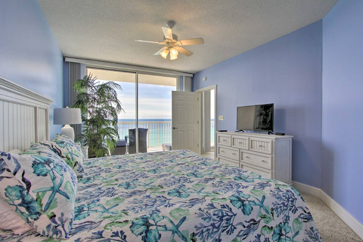 9th Floor Beach Apartment