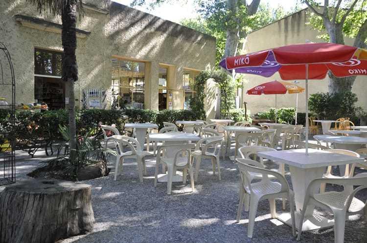 Auberge Bagatelle best hostels in Avignon