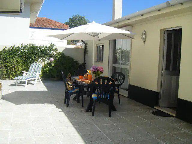 Cosy Portuguese Beach House
