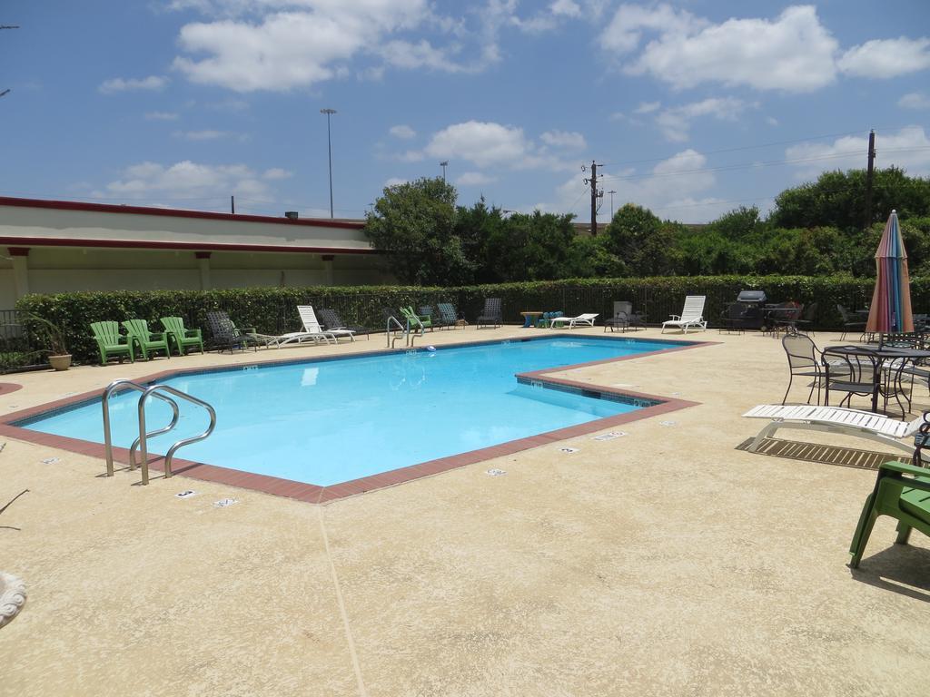 Best Party Hostel in Dallas
